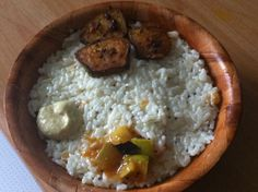 Curd rice with plantain fry and mango pickle