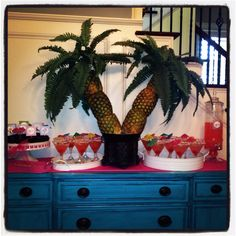 Pineapple palm tree, birthday martinis, luau, surfer party