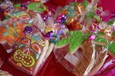 Tiki cookies  #polkadotdesign #summerparty