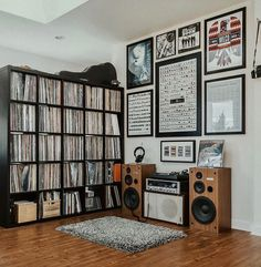 Massive Vinyl Record Collection- Like I grew up with! Home Music Rooms, Deco Cool, Room Acoustics, Vinyl Record Storage, Lp Storage, Storage Room, Vinyl Room, Vinyl Record Collection, Audio Room