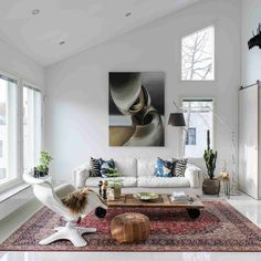Oriental Rug Modern Living Room Still Stylish 19 oriental Rugs Looking Flawless In Modern Furniture Layout, Living Room Furniture, Living Room Decor, Mid Century Living Room, Paint Colors For Living Room, Formal Living Rooms, Living Room Modern, Contemporary Furniture, Interior Design