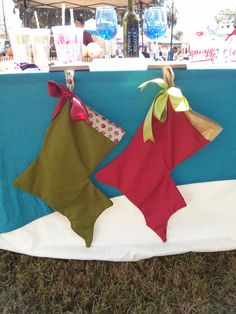 Louisiana state Christmas stockings - on Etsy! SO CUTE and CHEAP! #nola #louisiana #christmas #cajun