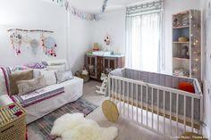 La chambre de bébé avec les meubles relookés