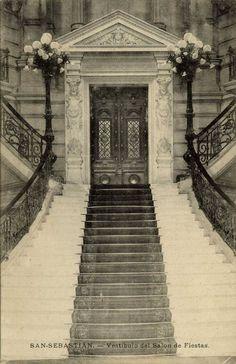Entrada al Salón de Fiestas Sidewalk, Husband, Antique Photos, Entryway, Home, Pavement, Curb Appeal