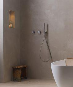 Bad Inspiration, Bathroom Inspiration, Exterior Design, Interior And Exterior, Tadelakt, Home Room Design, Wet Rooms, Laundry In Bathroom, Terraced House