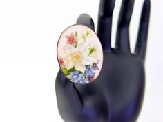 Floral enameled copper brooch.  Country style made by SellTheOld