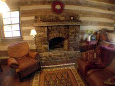 Hillside Cabin Bed and Breakfast ::: Texas Hill Country... One of our favorite cabin stays!!