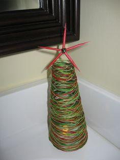 Craft Klatch ®: String Christmas Tree Craft