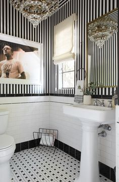 So, Shay Mitchell Has a Serious Interior Design Passion—See Inside Her L. Home Bathroom Decoration black and white bathroom decor Black White Bathrooms, White Bathroom Decor, Bathroom Interior, Black And White Bathroom Ideas, Bathroom Closet, Bathroom Art, Bathroom Vanities, Wall Paper Bathroom, Ocean Bathroom
