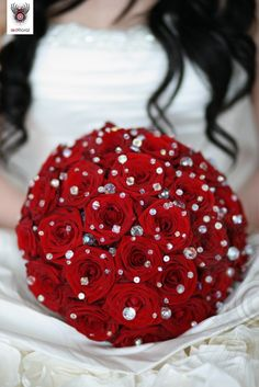 red roses and diamantes