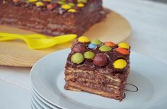 Chocolate and petit beurre biscuits Cake Biscuit Cake, Cake Recipes, French Toast, Chocolate, Breakfast, Party, Desserts, Food, Cakes
