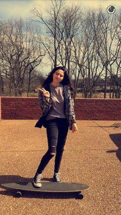 Lauren Cimorelli #skate #hipster #girl #sister #singer #cimorelli #laurencimorelli