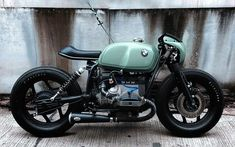 bmw scrambler r nine t ; bmw scrambler r nine t custom ; Bmw Cafe Racer, Style Cafe Racer, Cafe Racer Motorcycle, Motorcycle Design, Bike Design, Green Motorcycle, Motorcycle Lights, Motorcycle Gear, Bmw Scrambler