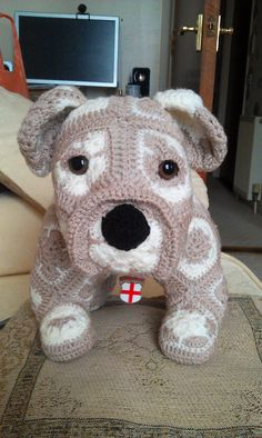 Max The African Flower Bull Dog. Pattern : available @ http://www.ravelry.com/designers/heidi-bears.