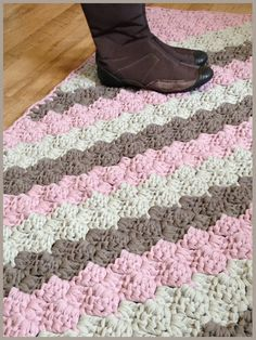 How To Crochet Diagonal Box Stitch Crochet Rug Made Of T Shirt Yarn    Trapillo