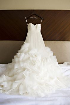 Don't forget to snap a photo of your dress before you put it on. #wedding #dress #photos
