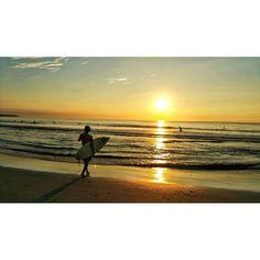 【k.kai_34】さんのInstagramをピンしています。 《夏終わったらインスタ投稿せんくなる癖 朝一のサーフィンは最高や🌴  #最高かよ #夏終わり #冬嫌い  #サーフ #サーフィン #サーフボード #夏 #海 #太陽 #surf #surfin #surfer #surfing #surfboard  #surfinglife #surfarslifee #summer #sea #ocean #beach #sun #fun #happy #enjoy #enjoylife #enjoying #friend #friends #love》