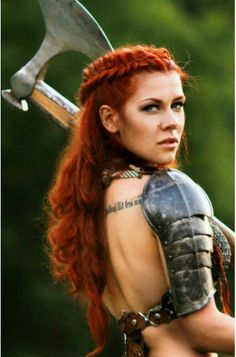 Warrior Woman Braided Hairstyle. In looove with her color hair!!!