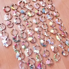 Diy Resin Crafts, Diy And Crafts, Diy Baby Headbands, Diy Wedding, Wedding Placecard Ideas, Wedding Preparation, Wedding Place Cards, Handmade Home, Craft Party