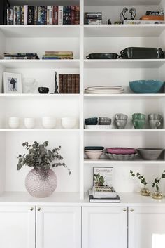 Platsbyggd bokhylla | Emelie Ekman - 34 kvadrat