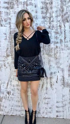 Date night, fall look, blog, blogger, skirt, booties, mom blog, hair, braid