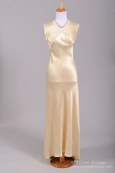 40's wedding gown