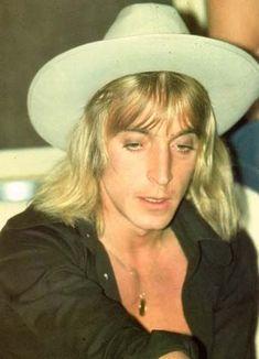 Mick Ronson🎸 Star Pictures, Star Pics, Ian Hunter, Mott The Hoople, Mick Ronson, Love Band, Platinum Hair, Ziggy Stardust, New Star