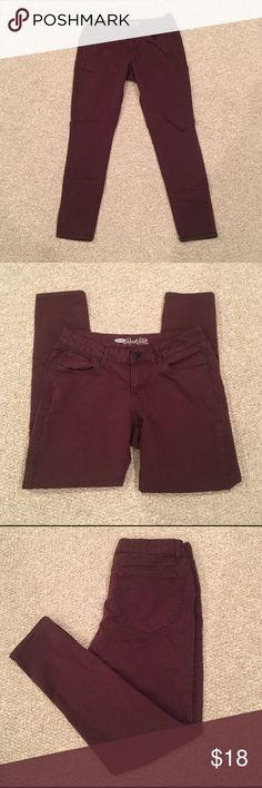 Old Navy Bordeaux Rockstar Skinny Jeans Rockstar fit - Bordeaux color skinnies. They have some stretch to them. Size 12. Runs between 10-12 IMO. Old Navy Pants Skinny