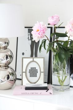 Girly decor in livingroom - Adalmina's Secret - Divaaniblogit