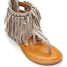 HOT RATED SANDAL❌❌SOLD❌❌ SIZE 7 HOT RATED FRINGE SANDALS TAUPE IN A SIZE 7 NEW WITH TAGS. WEAR THESE OUT TO A SUMMER PARTY WITH SHORTS, A SKIRT, OR JEANS. THEY ARE SO CUTE ON. YOU WILL LOVE THEM. Shoes Sandals