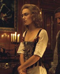 Keira Knightley as Georgiana Cavendish in The Duchess - 2008 Duchess Georgiana, Georgiana Cavendish, Duchess Alice In Wonderland, Keira Knightley Pirates, The Duchess Of Devonshire, Pirate Dress, Celebs, Celebrities, Cosplay Costumes