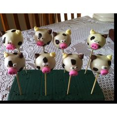 Cow cake pops Cow Cakes, Cows, Cake Pops, Baby Shower, California, Desserts, Cake Pop, Tailgate Desserts, Deserts