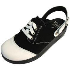Nostalginen Laja Retro® -mallisto jatkaa sydäntenvalloitusta vuosikymmenestä toiseen, sillä laatu ei koskaan mene muodista! Retro, Sneakers, Shoes, Fashion, Flagstone, Tennis, Moda, Zapatos, Shoes Outlet