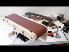 How to Build a DIY Belt Sander, Restore Flea Market Hand Tools and Refinish Outdoor Furniture Properly Homemade Lathe, Homemade Tables, Woodworking Projects Diy, Woodworking Tools, Wood Projects, Diy Tools, Hand Tools, Diy Belt Sander, Homemade Outdoor Furniture