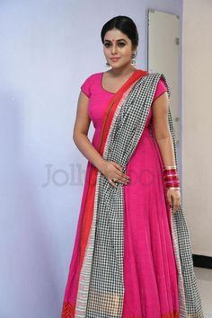 Telugu Cinema News, Telugu Movie songs, Actress Photo Gallery, Telugu Cinema Reviews Cinema Reviews, Shamna Kasim, Movie Songs, Telugu Cinema, South India, Tamil Actress, India Beauty, Bollywood Fashion, Actress Photos