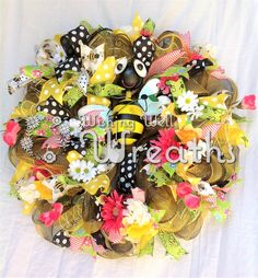 Deco Mesh Spring Bumble Bee Wreath, Mesh Bee Wreath, Bumble Bee Spring Wreath, Deco Mesh Spring Wreath, Summer Wreath, Front Door Wreath wishingwellwreaths.etsy.com