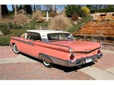 59 Galaxie 500 in *pink* old-cars Retro Cars, Vintage Cars, Automobile, Pontiac Cars, Ford Classic Cars, Ford Galaxie, Old Fords, Us Cars, Car Ford