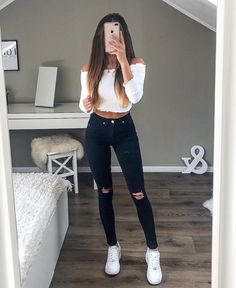 cute outfits for school . cute outfits with leggings . cute outfits for women . cute outfits for school for highschool . cute outfits for winter . cute outfits for spring Winter Fashion Outfits, Look Fashion, Stylish Outfits, Fall Outfits, Fashion Styles, Womens Fashion, Luxury Fashion, Fashion Ideas, Prom Outfits