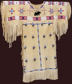 http://www.nativeartstrading.com/native_american_indian_dresses.htm - TUTTO indiani (originali e copie) - + link di Pinterest https://www.pinterest.com/source/nativeartstrading.com/