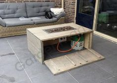 "Check out our internet site for more relevant information on ""fire pit diy cheap"". It is an excellent area to get more information. Outdoor Fire Pit Table, Gas Fire Pit Table, Fire Pit Backyard, Diy Propane Fire Pit, Diy Fire Pit, Pallet Fire Pit, Backyard Seating, Diy Outdoor Furniture, Concrete Fire Pits"