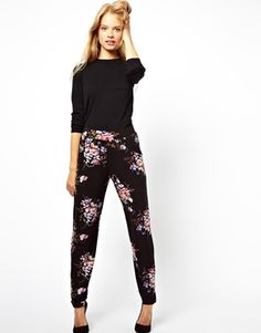 I'm on a peg pant search, I love these. Image 1 of ASOS Peg Pants in Vintage Tapestry Floral Print