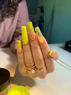How to Choose Nail Tips – NaiLovely Aycrlic Nails, Neon Nails, Neon Yellow Nails, Stiletto Nails, Coffin Nails, Best Acrylic Nails, Colored Acrylic Nails, Acrylic Nail Art, 3d Nail Art
