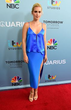 Claire Holt Pencil Skirt - Claire Holt added an extra dose of sex appeal with a high-slit blue pencil skirt.