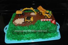 Homemade Construction Site Birthday Cake: My little boy was turning two and I had already done a baseball cake for his first birthday so I was looking for something different.  So I looked around