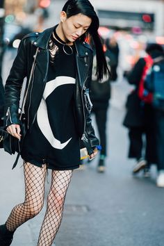 Love this look, this fashion is so bold and angsty. Love.