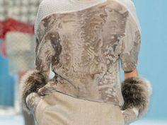 Меховые шарфы, манжеты, юбки и платья: модный тренд в нарядах известных дизайнеров   Ярмарка Мастеров - ручная работа, handmade
