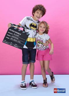 Kids Collection 2015 | Children's day | prints | estampas| t-shirt | shorts sarja pink | color jeans | rasteirinha | girls sandals | tiara | shorts | t-shirt | camiseta estampada | boy shoes | moda infantil | bermuda jeans| Batman