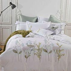 Melange Home 3 Piece Duvet Cover Set Size: Full / Queen Airy Bedroom, Bedroom Decor, Dream Bedroom, Duvet Sets, Duvet Cover Sets, Bed Cover Design, Bed Design, Linens And More, Ruffle Bedding