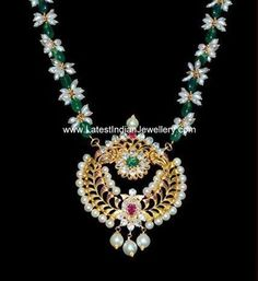 Oval shaped green emeralds and natural pearls beaded necklace with antique light weight gold pendant studded with polki diamonds, rubies, emeralds and pearls. Emerald Jewelry, Pearl Jewelry, Pendant Jewelry, Beaded Jewelry, Beaded Necklace, Gold Jewelry, Small Necklace, Bridal Necklace, Stone Necklace