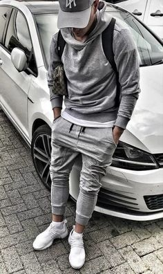 Gray jogging pants, cap, hoodie and white sneakers . perfect for the road to spo . - Sport Style for Men - Urban Apparel, Streetwear Mode, Streetwear Fashion, Mode Masculine, Sport Fashion, Teen Fashion, Fashion Shoot, Style Fashion, City Fashion